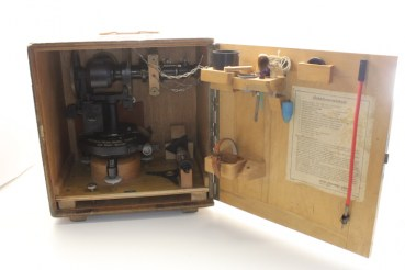 Wehrmacht balloon theodolite with accompanying book, papers and transport box