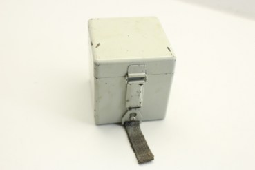 Wehrmacht battery box for reticle lighting optical devices, scissors telescope and range finder EM, manufacturer fwq and WaA