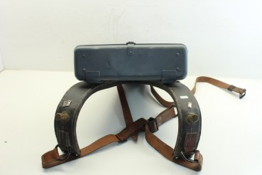 ww2 carrying frame, shoulder carrying frame for the rangefinder Em1 R36