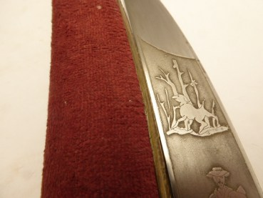 Splendor - deer catcher with initials on the handle and blade