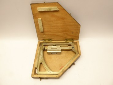 Dragonfly quadrant / protractor, measuring device for artillery, in a box