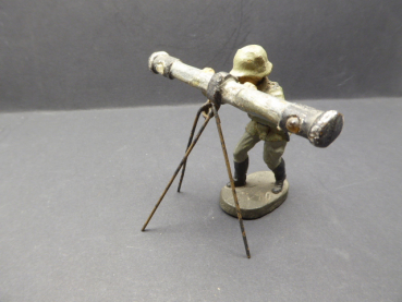 Elastolin soldier with rangefinder