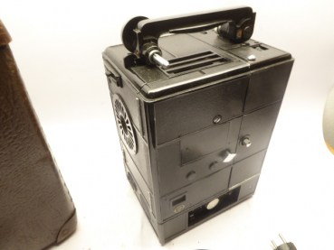 30s projector - Agfa Movector Iso 16 in a case