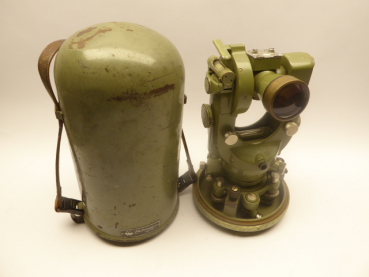 1948 Wilder Heerbrugg T1 theodolite in the box