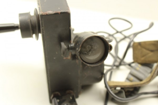 ww2 DETONATOR, power generator, m. Crank and 2 lamps, generator det N 11279 from 1942