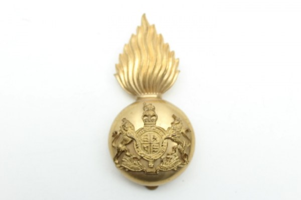 Cap badge English, massive heavy version