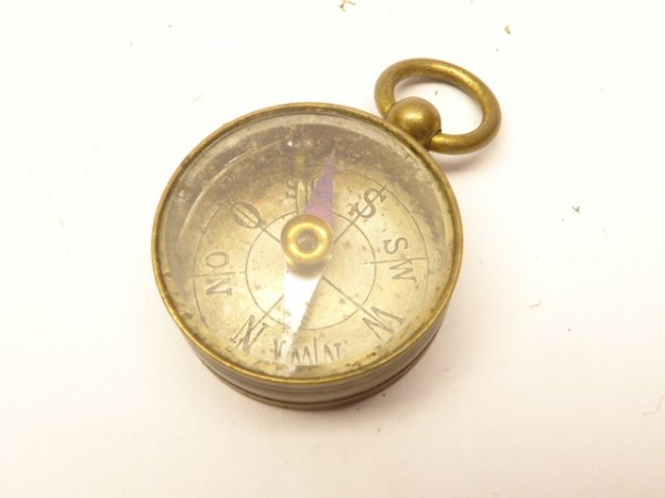 Small compass - brass, D 25 mm