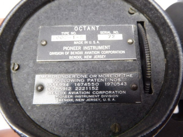 USA - Airplane Octant, Pioneer Instrument in the box
