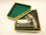Wehrmacht artillery protractor W.M.35 in a box with manufacturer bvu