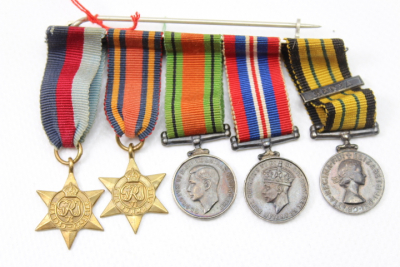 WW2 English miniature World War 5 medal clasp
